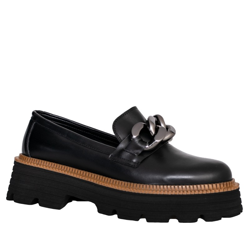 LORETTI Thick soled leather Carbone loafer shoes