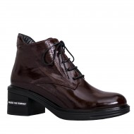 Medium heel boots (10)