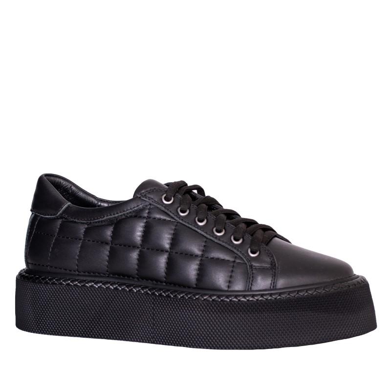 LORETTI Black leather Carbone sport shoes